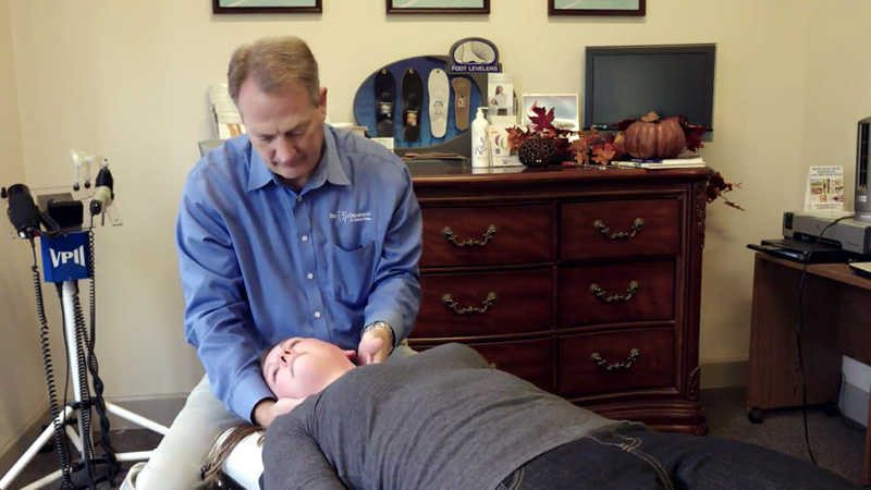 Chiropractor Adjustment - Elite Chiropractic Wellness Centers